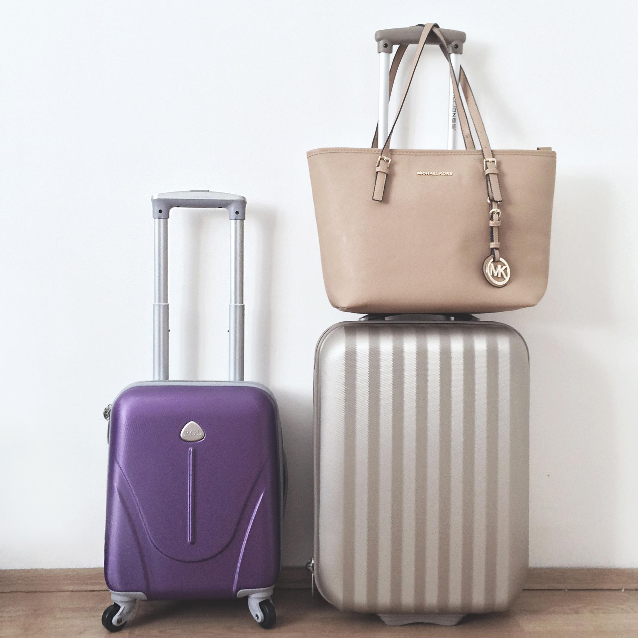 Suitcase - wizzair vs. ryanair