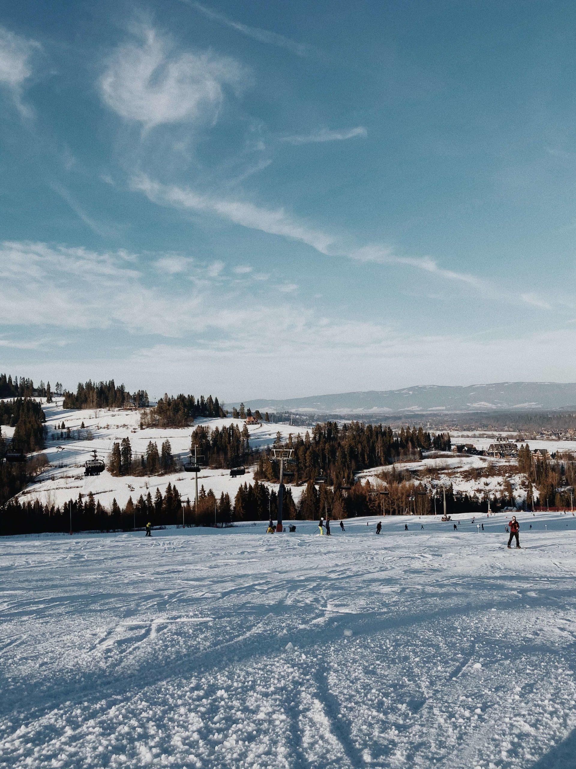Stacja narciarska Rusin-ski, zdjęcie: Alabasterfox
