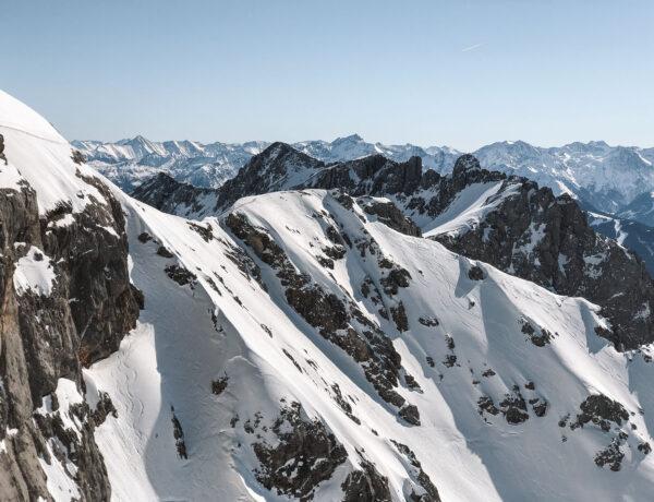 Widok ze Sky Walk na Dachstein