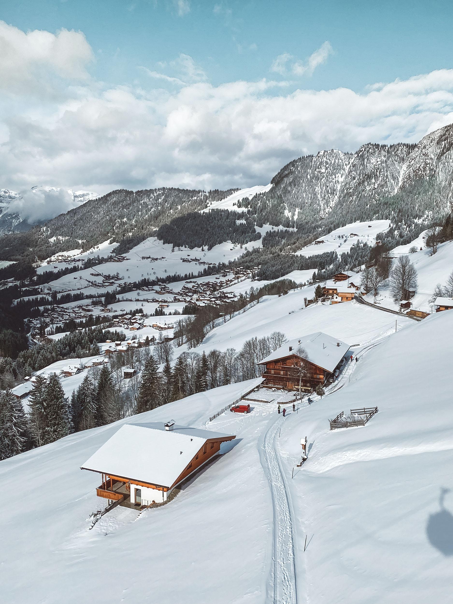 Widok z gondoli na Alpbach